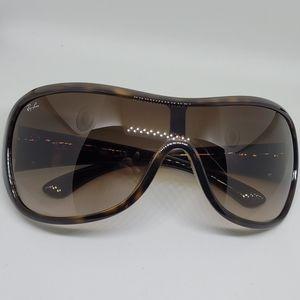 Ray-Ban Sunglasses RB4099